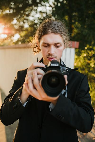 Seth | LANDER SENIOR