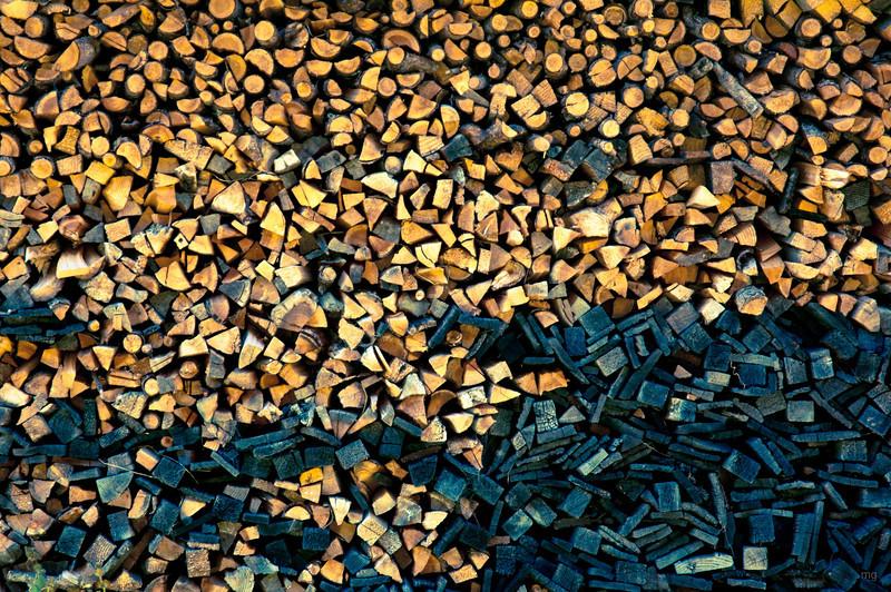 """Genug """"Holz vor der Hütte"""""""