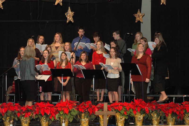 Asbury Youth Praise Christmas Concert 2007_13.JPG