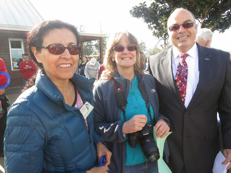 Me (Ellen) and Johnny Khamis and Linda Owens (VEP member)