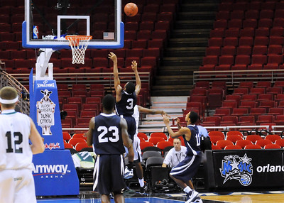 Holy Trinity vs. Melbourne High School at Amway Arena