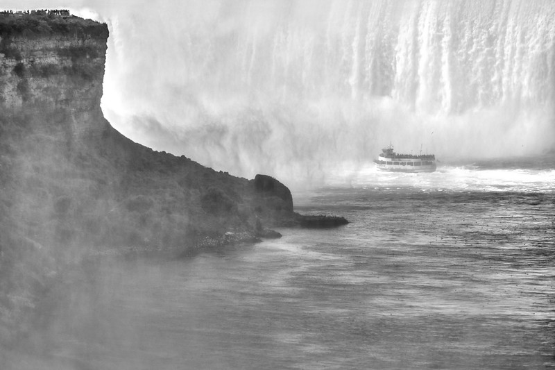 Maid of the Mist at Horseshoe Falls, Niagara