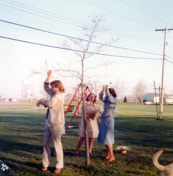 1976 Easter.jpeg