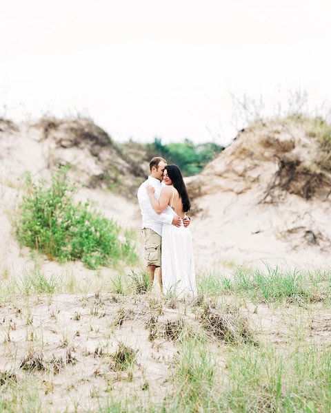 little-sable-point-engagement (31).jpg