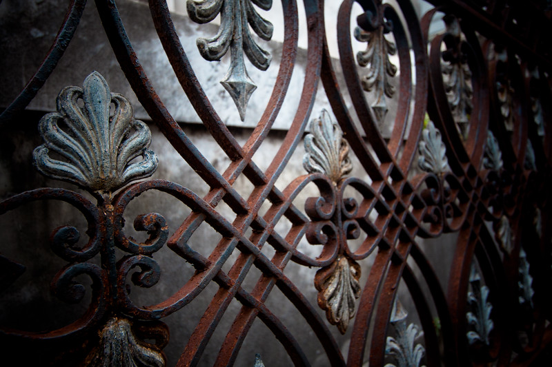 recoleta-gate-detailing_5735714292_o.jpg