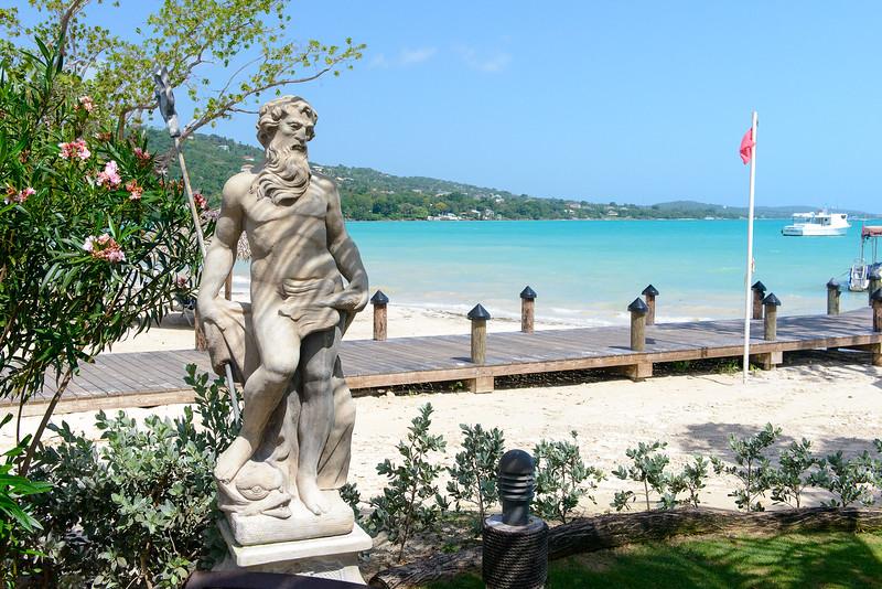 Statue near Neptune's