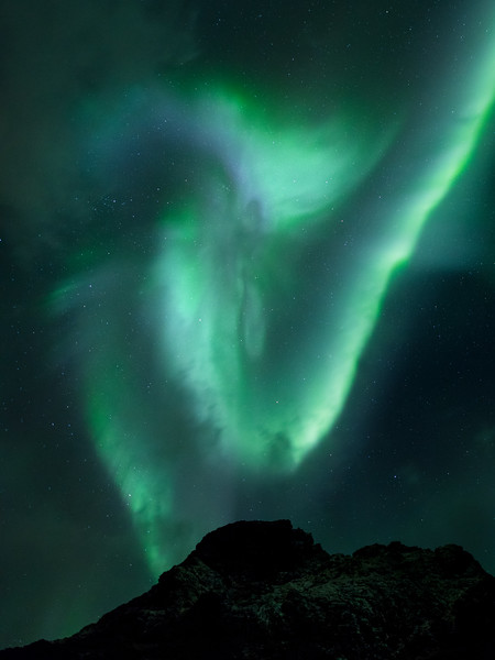 Uttakleiv 5 beach aurora northern lights lofoten norway.jpg