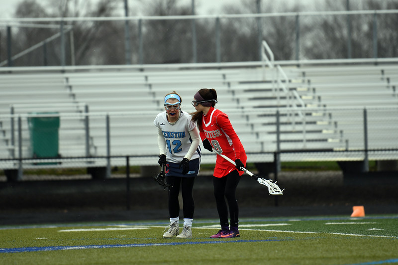 girls_lacrosse_5810.jpg