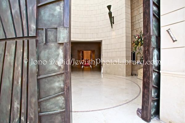 MEXICO, Mexico City. Shaare Tefila Abud Attie Synagogue. (2009)
