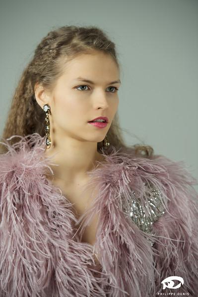 Irina Portrait w logo-10.jpg