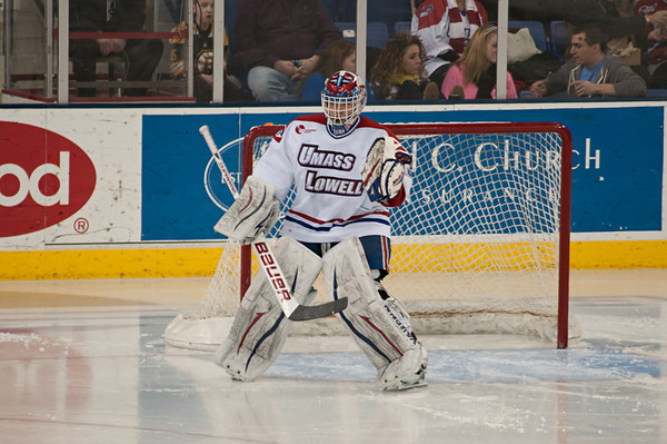 Hockey - UMass Lowell River Hawks vs Vermont Catamounts
