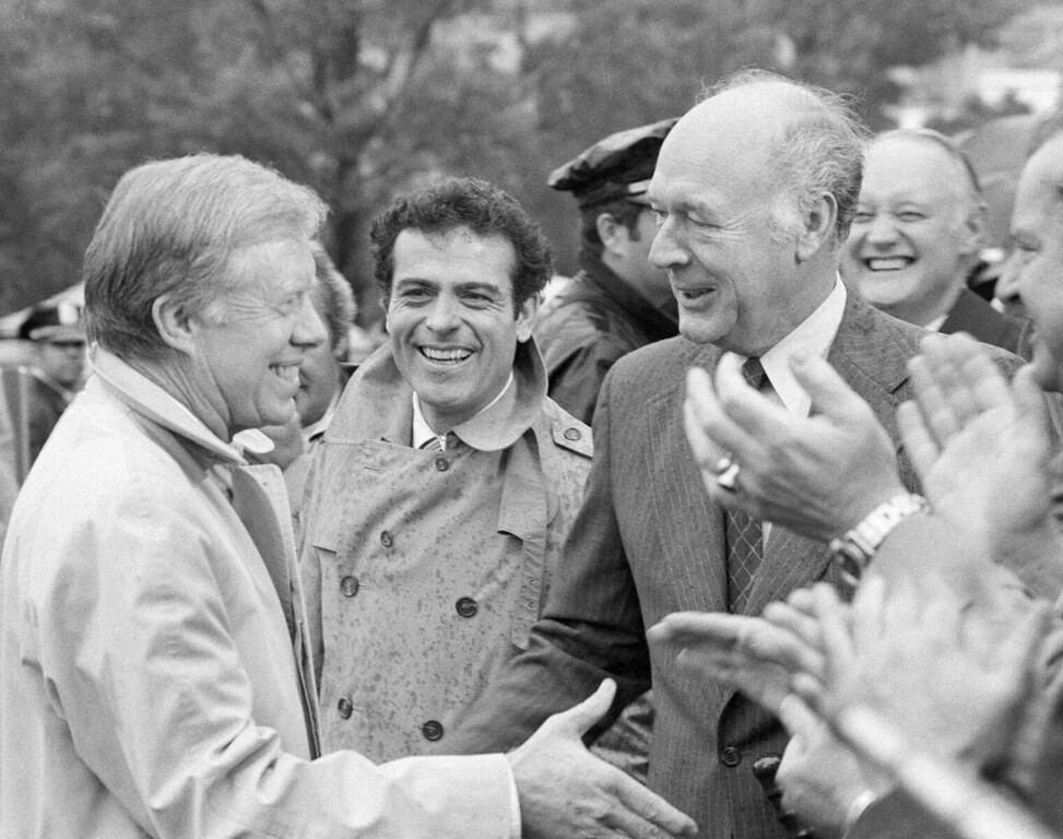 . In this Nov. 4, 1980, file photo, U.S. President Jimmy Carter is greeted at the White House by adviser Jack Watson, center, and Interior Secretary Cecil D. Andrus, right, after returning from Plains, Ga. Andrus, who engineered the conservation of millions of acres of Alaska land during the Carter administration, has died. He was 85. Andrus died late Thursday, Aug. 24, 2017 of complications from lung cancer, daughter Tracy Andrus said. (AP Photo/Harrity, File)