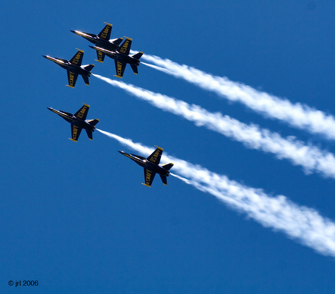 /Users/johnlanham/Pictures/Air & Water Show/Worked/Web/wIMG_4643.jpg
