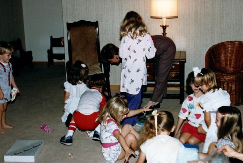 1986_November_Kids_Antics_0019_a.jpg