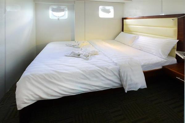 Standard Double Cabin.jpg