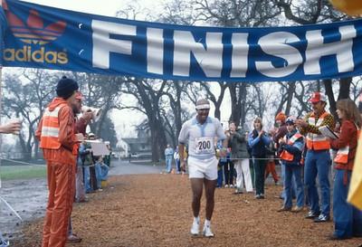Sri Chinmoy at Chico Marathon