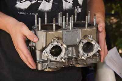 Kawasaki SS Xi engine repair