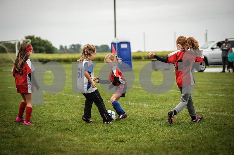 9-08-18 Eva Nygaard's u-8 soccer game vs LB-24.jpg