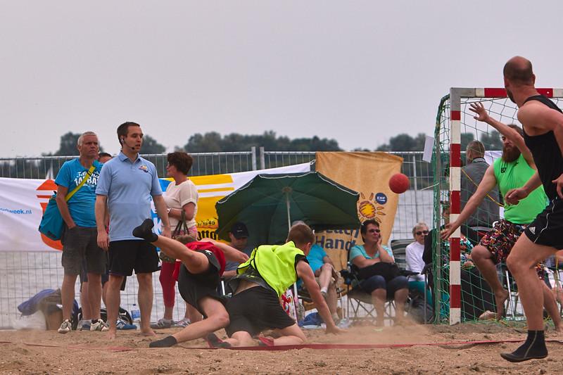 Molecaten NK Beach Handball 2015 dag 2 img 535.jpg