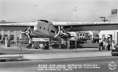 1936-Bob'sAirMailServiceStation-5453WilshireBlvd.jpg