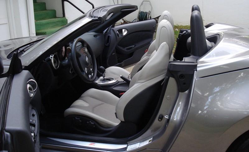 inside the Nissan 370-Z provided by Crown Pontiac-Nissan.jpg