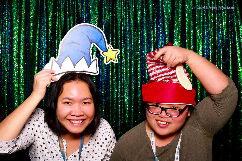 Medtronic Holiday Party -379.jpg