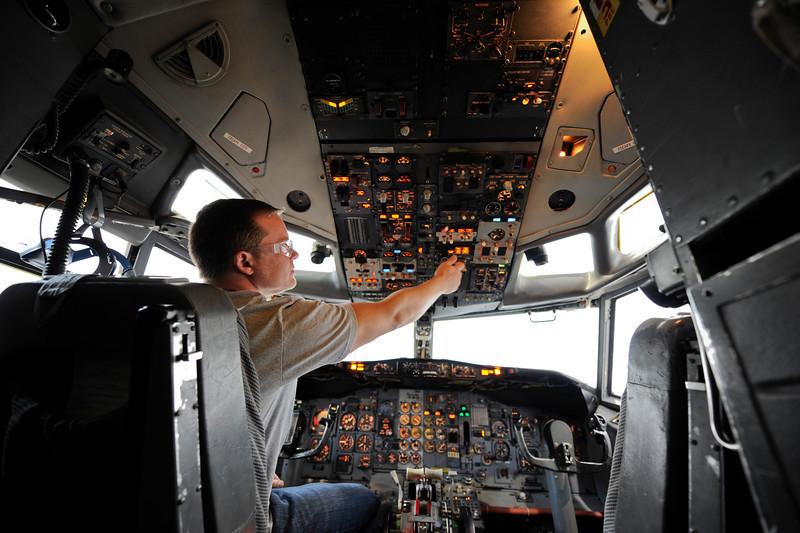 cockpit_0005.jpg