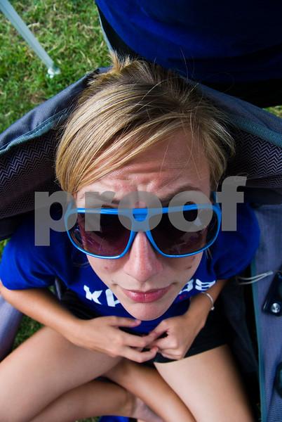 09.05.2009_Tailgate_with_Lauren_036.jpg