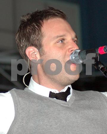 Christian Musical Artist -  Mathew West