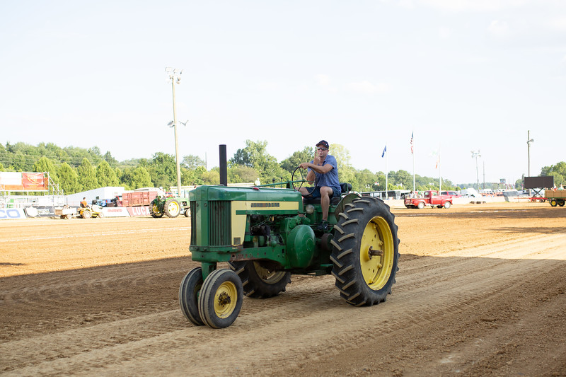Antique Tractor Parade-80.jpg
