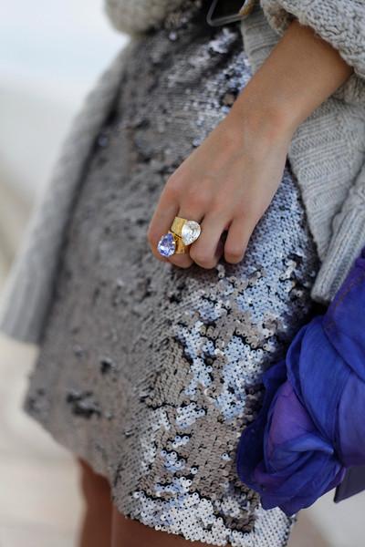 06_casual_outfit_sequins_and_cardigan_Mysundaymornig_theguestgirl_blogger_barcelona_influencer.jpg