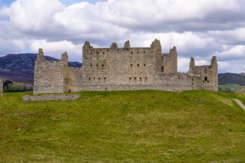 20190509 Ruthven Barracks 012.jpg