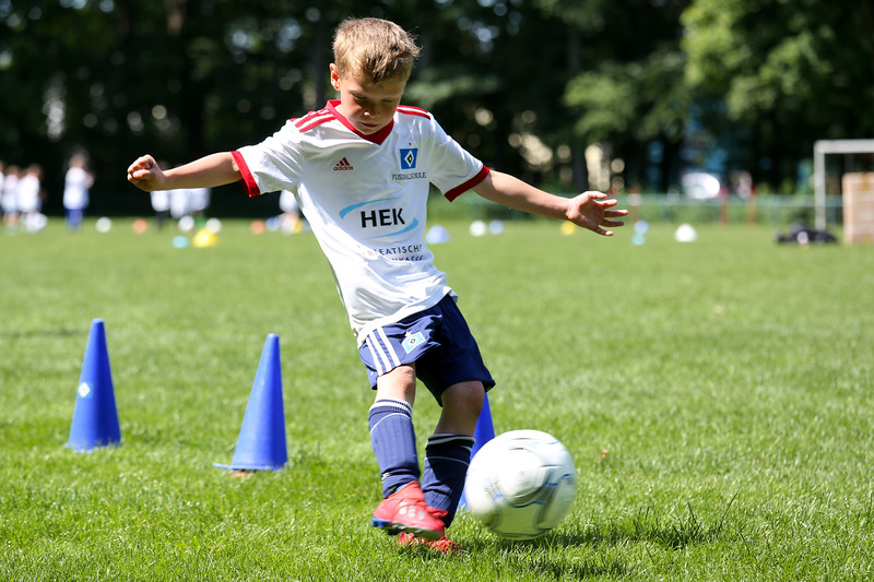 hsv_fussballschule-491_48047957871_o.jpg