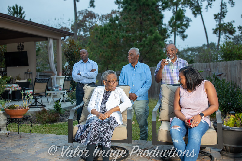 ©2019 Valor Image Productions Lewis Thanksgiving-15251.jpg