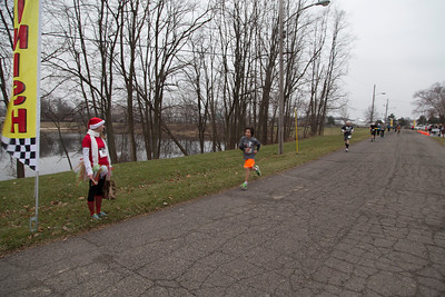 2014 Burns Harbor Park Department Santa Dash 2014