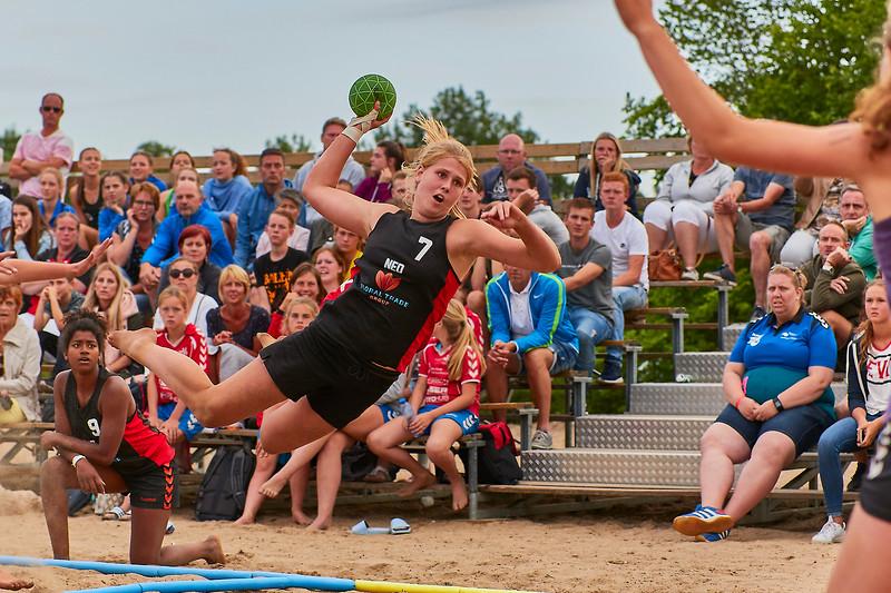 Molecaten NK Beach Handball 2017 dag 1 img 577.jpg
