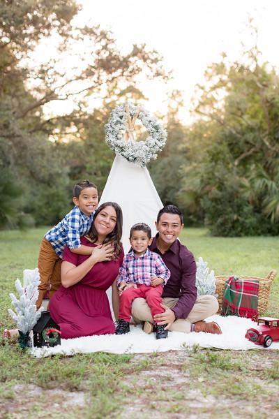 Ariza Family 2020-10.jpg