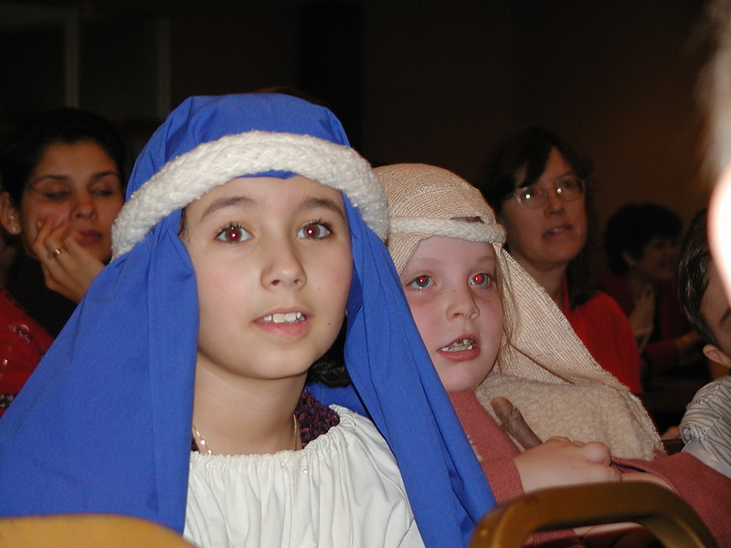 2002-12-21-HT-Christmas-Pageant_044.jpg