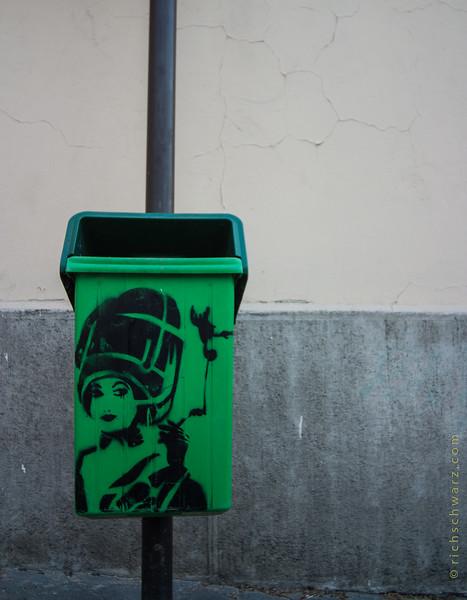 paris: twas painted