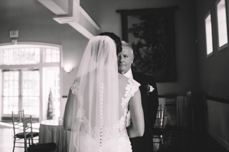 Philadelphia Wedding Photographer - Bernreuther-332.jpg