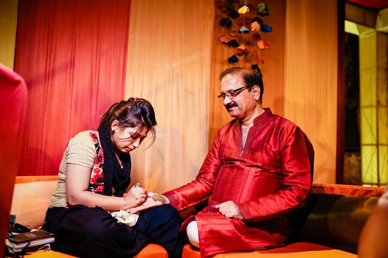 Candid Wedding Photographer Ahmedabad-1-27.jpg