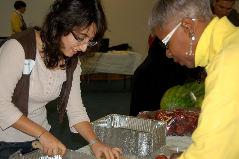abrahamic-alliance-international-common-word-community-service-cityteam-2011-11-20_03-36-41-loureen-murphy.jpg
