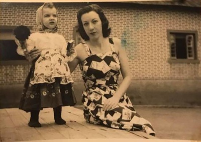 Pilar Martinez com a Nita Palhota 1951/1952