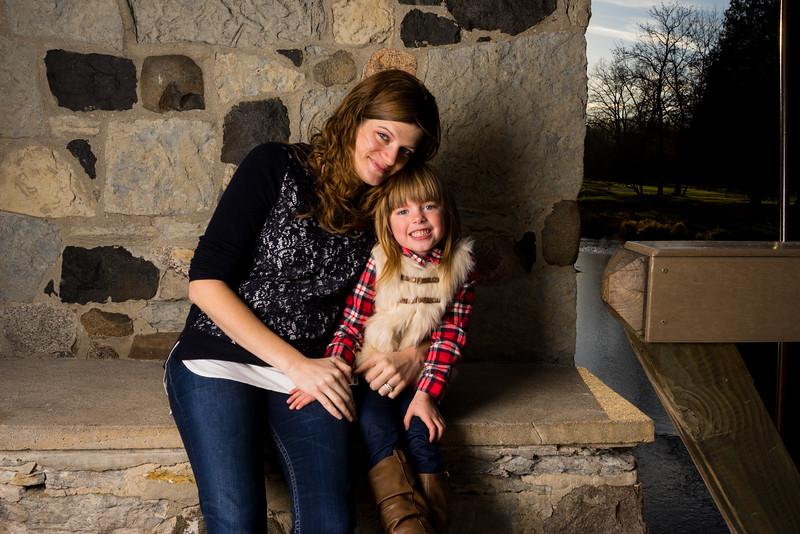 Nikki + Wes Family Portraits 15 of 35.jpg