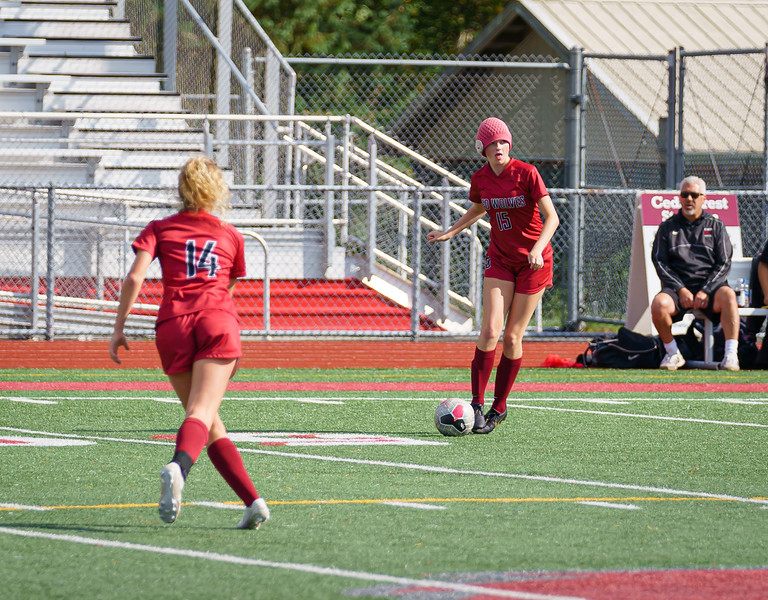 2019-09-28 Varsity Girls vs Meadowdale 042.jpg
