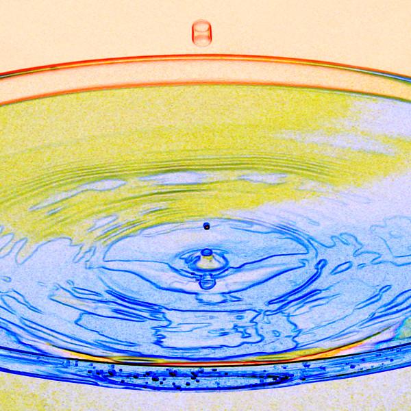 Water Drop 4~7893-2ges.