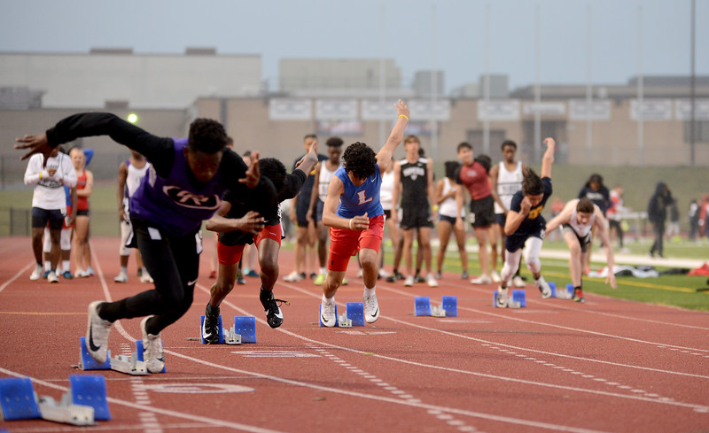 HS-Track-13-6A-District-Championships_024.jpg