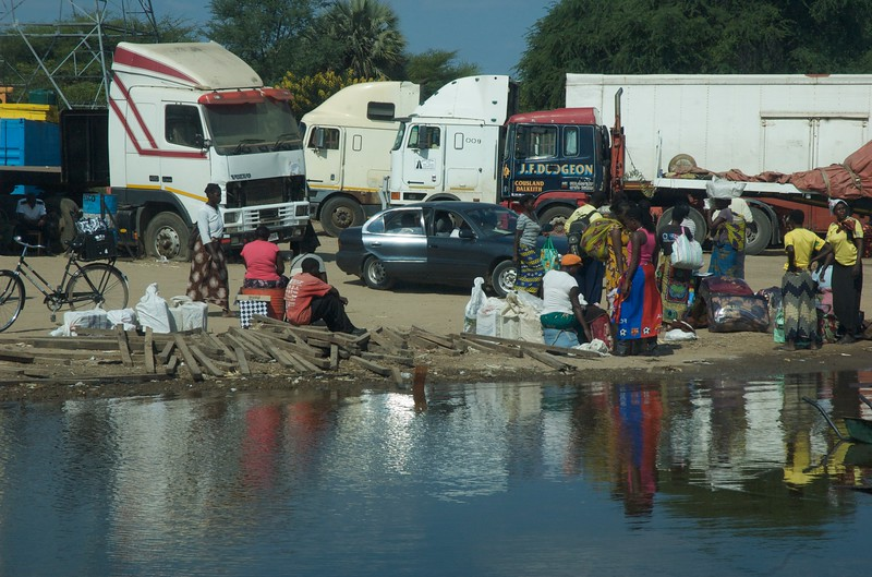 Zambian scene - Leslie Rowley