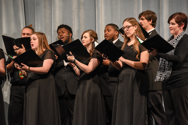 Holiday Concert 2016 (22 of 41).jpg