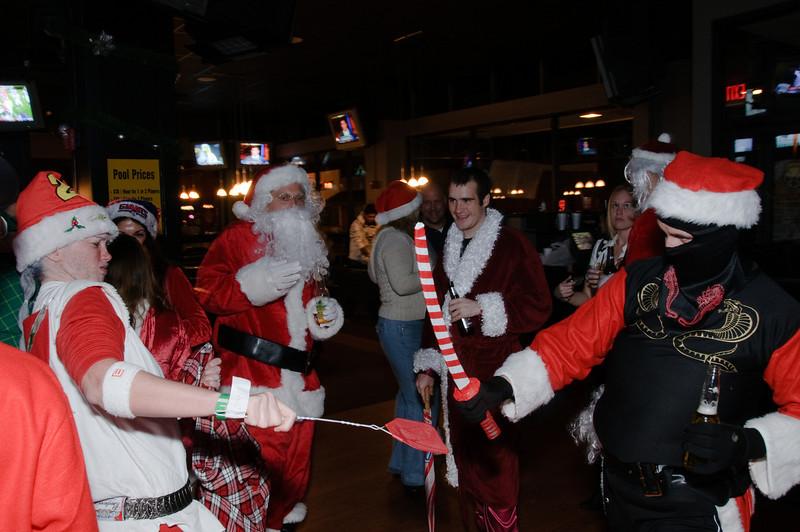 2009 ALS Santa Crawl-117.jpg